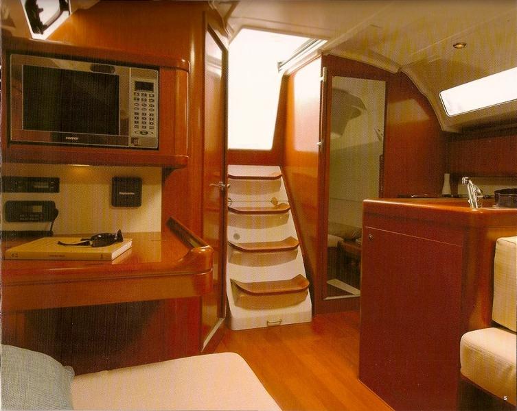 Navalia - Imbarcazione Oceanis 37 7