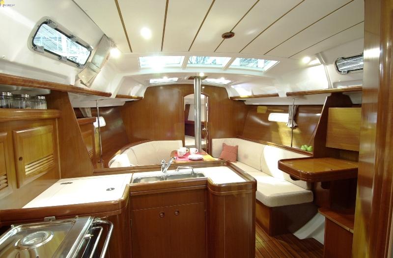 Navalia - Imbarcazione Oceanis 373 5