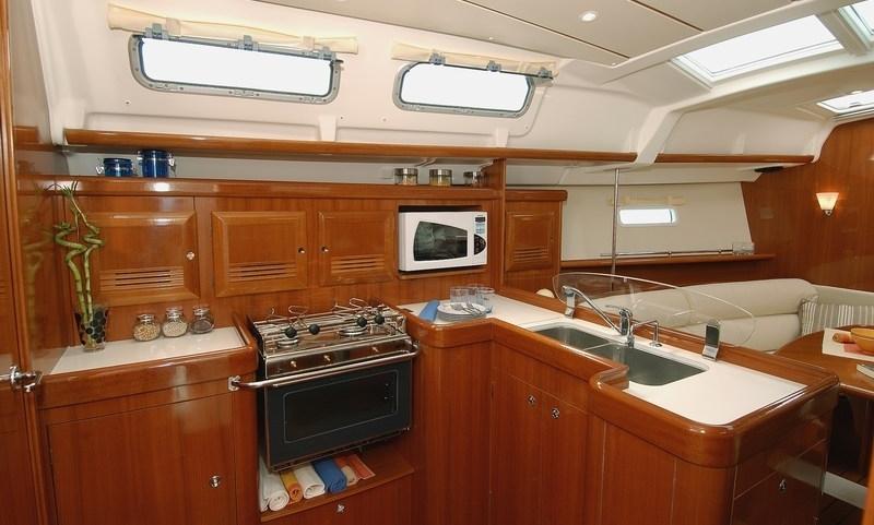 Navalia - Imbarcazione Oceanis 373 7