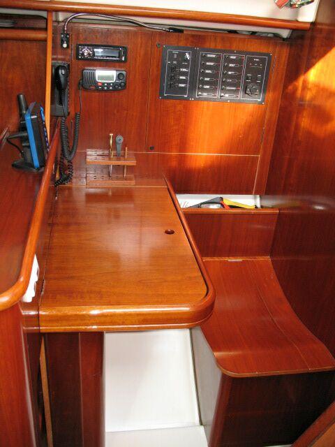 Navalia - Imbarcazione Oceanis 381 6