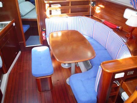 Navalia - Imbarcazione Oceanis 381 8