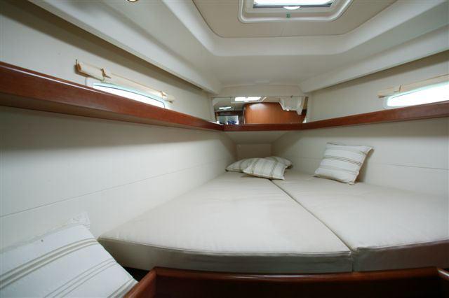 Navalia - Imbarcazione Oceanis 40 9