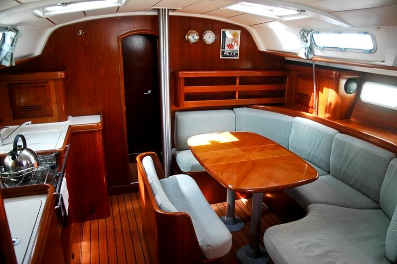Navalia - Imbarcazione Oceanis 411 5