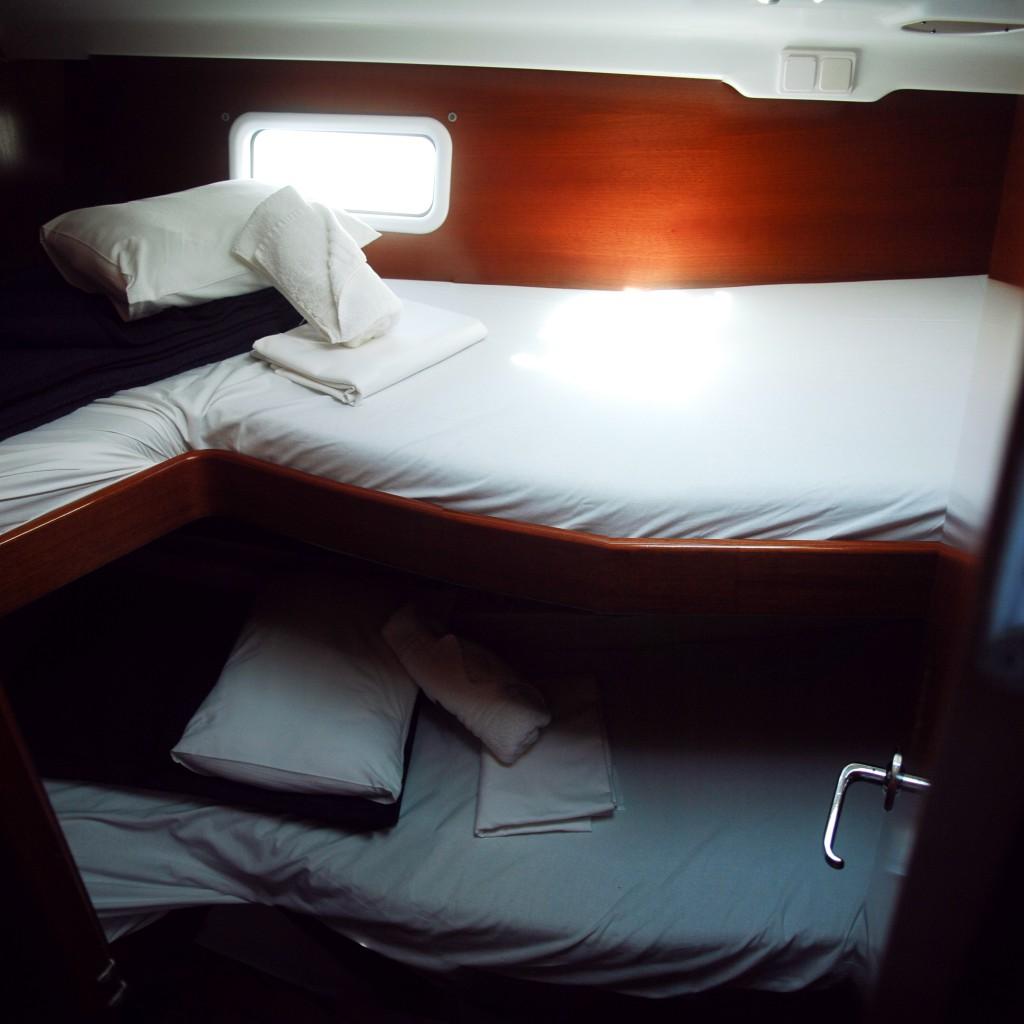Navalia - Imbarcazione Oceanis 411 7