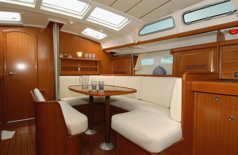 Navalia - Imbarcazione Oceanis 423 8