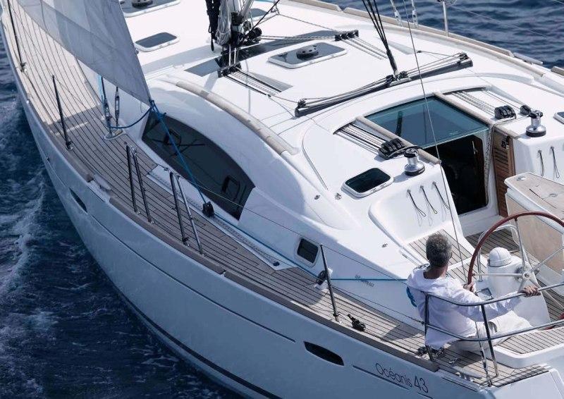 Navalia - Imbarcazione Oceanis 43 4
