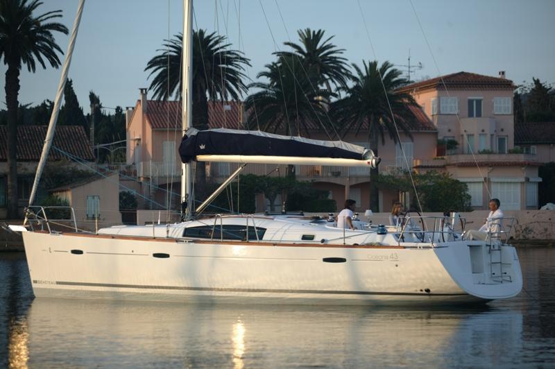 Navalia - Imbarcazione Oceanis 43 2
