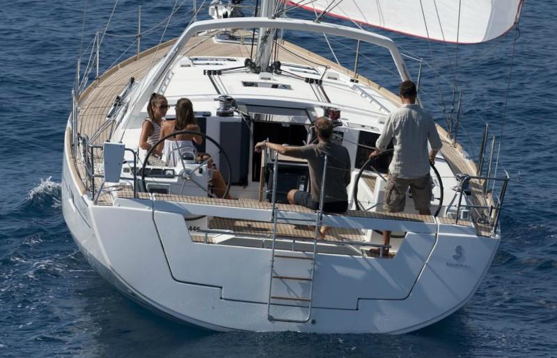 Navalia - Imbarcazione Oceanis 45 3