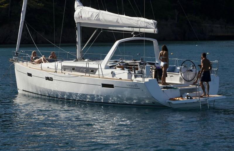 Navalia - Imbarcazione Oceanis 45 1