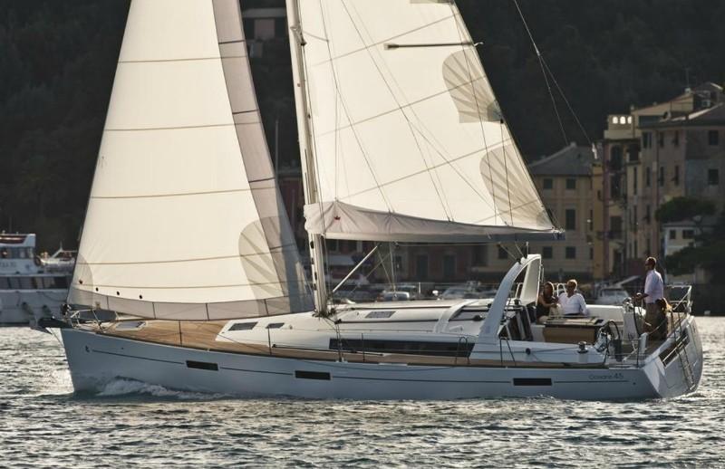 Navalia - Imbarcazione Oceanis 45 2