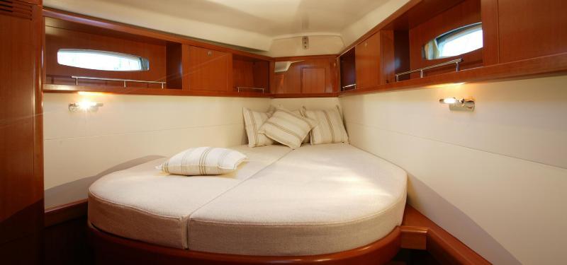 Navalia - Imbarcazione Oceanis 46 10