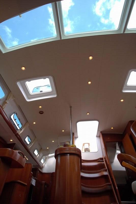 Navalia - Imbarcazione Oceanis 523 9