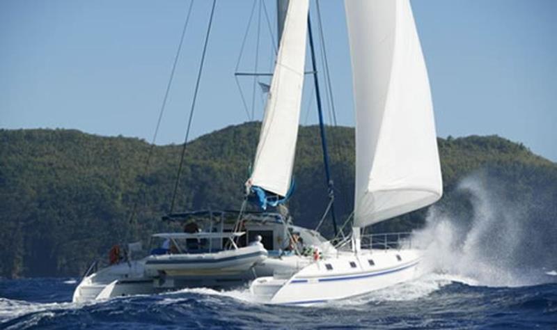 Navalia - Imbarcazione Outremer 55 2