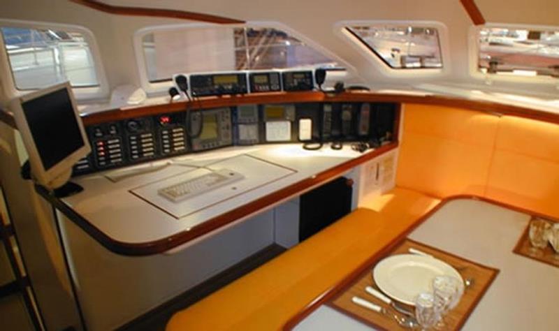 Navalia - Imbarcazione Outremer 55 8
