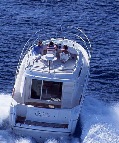 Navalia - Imbarcazione Prestige 32 Fly 3