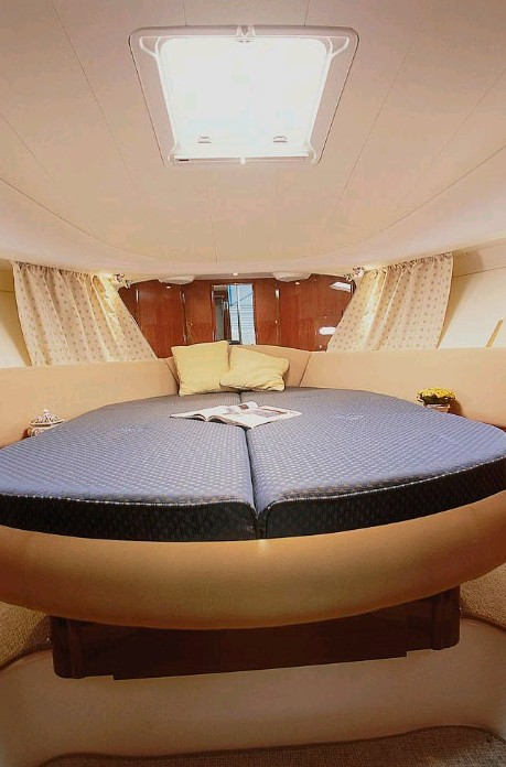 Navalia - Imbarcazione Prestige 32 Fly 8