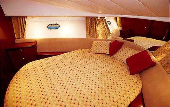 Navalia - Imbarcazione Prestige 36 Fly 8