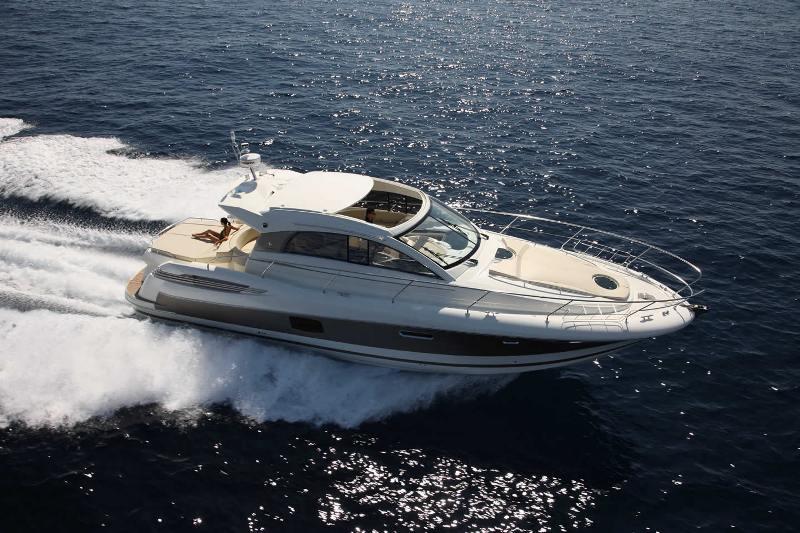Navalia - Imbarcazione Prestige 440 1