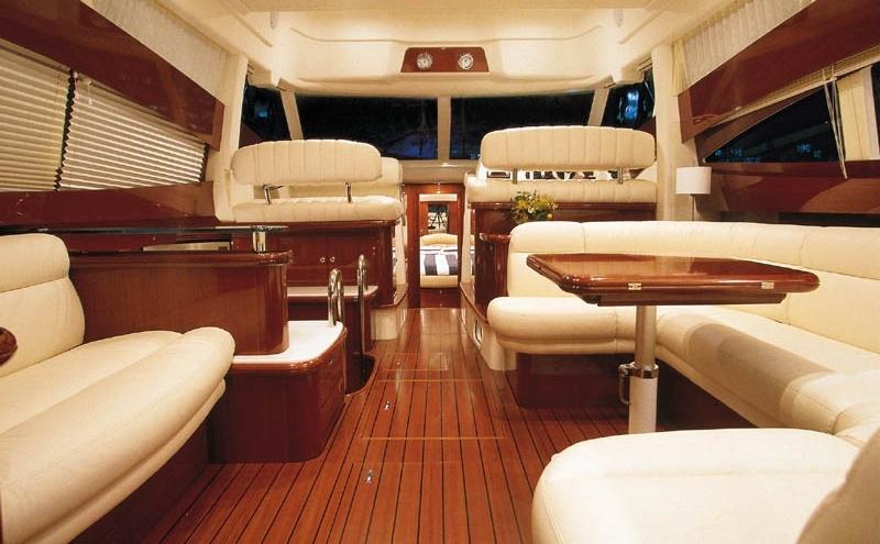 Navalia - Imbarcazione Prestige 46 Fly 10