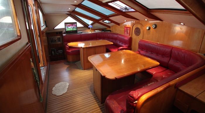 Navalia - Imbarcazione Privilege 48 5