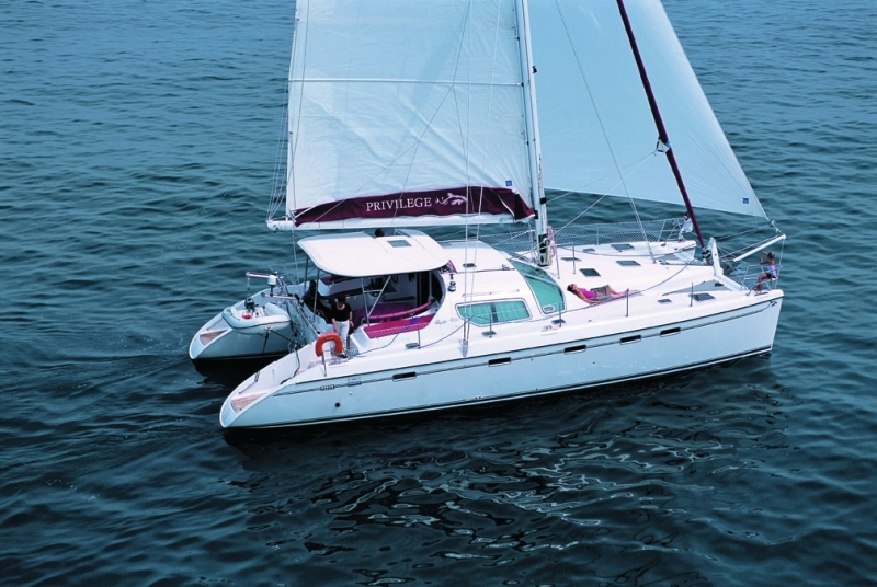 Navalia - Imbarcazione Privilege 495 1