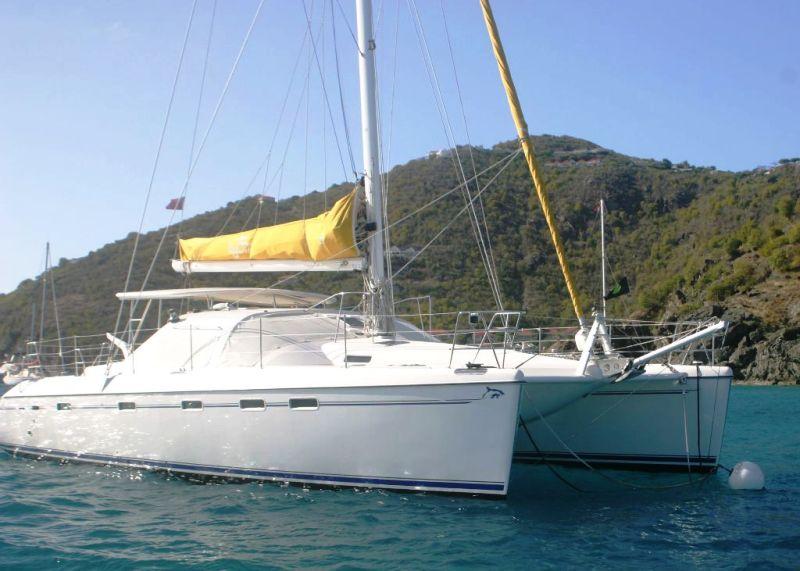 Navalia - Imbarcazione Privilege 495 2