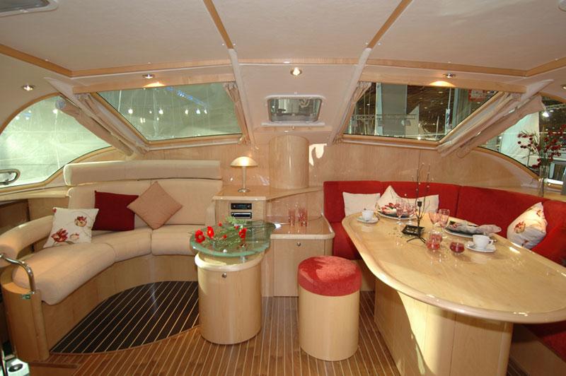 Navalia - Imbarcazione Privilege 495 5
