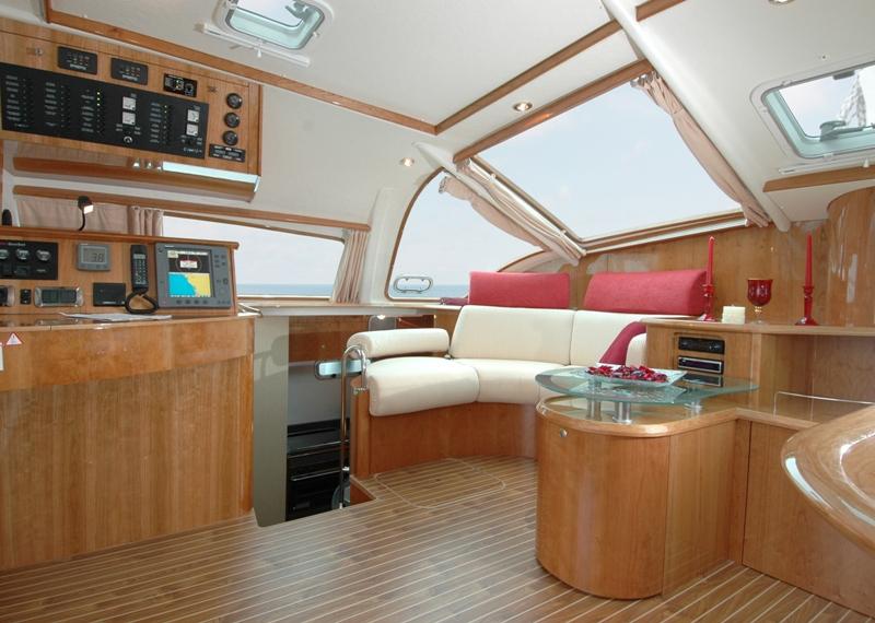 Navalia - Imbarcazione Privilege 495 6