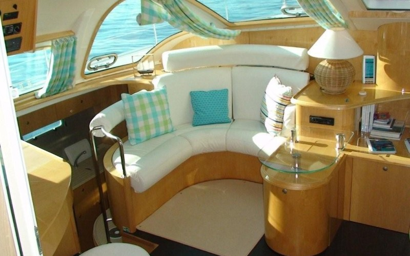Navalia - Imbarcazione Privilege 495 8