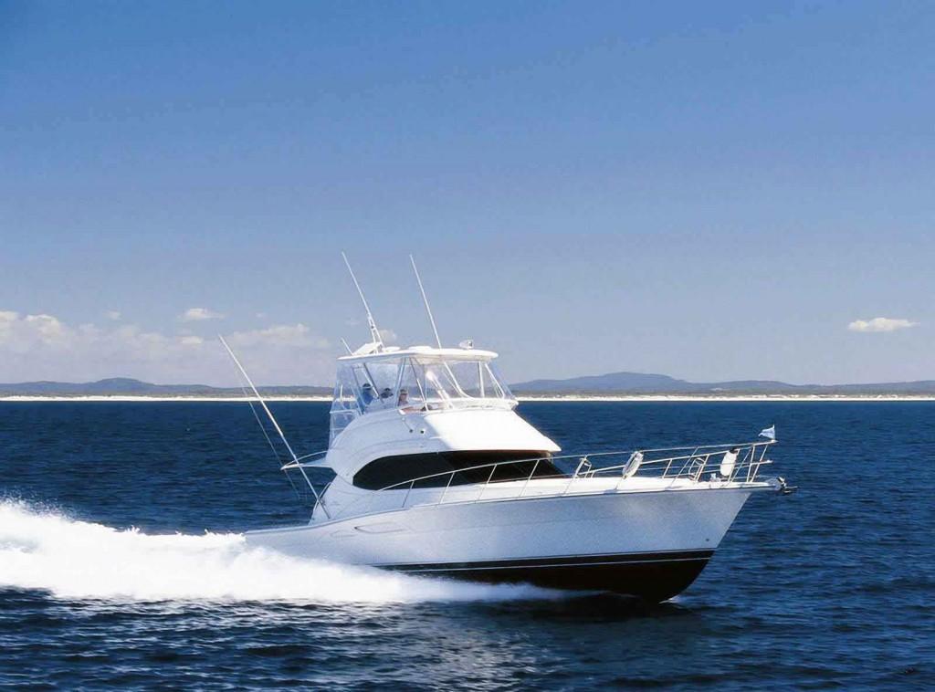 Navalia - Imbarcazione Riviera 42 2