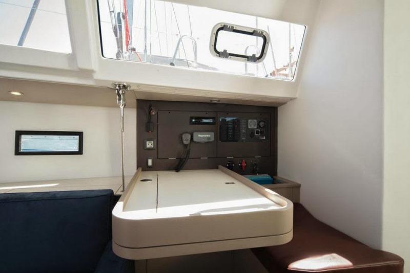 Navalia - Imbarcazione RM 1260 11