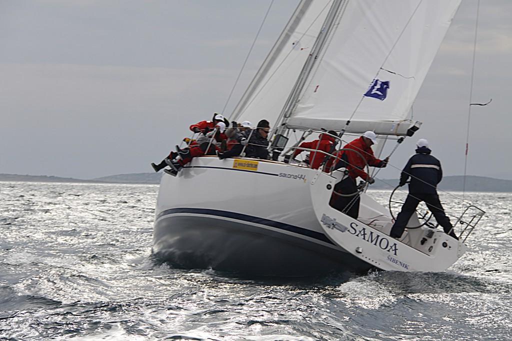 Navalia - Imbarcazione Salona 44 2