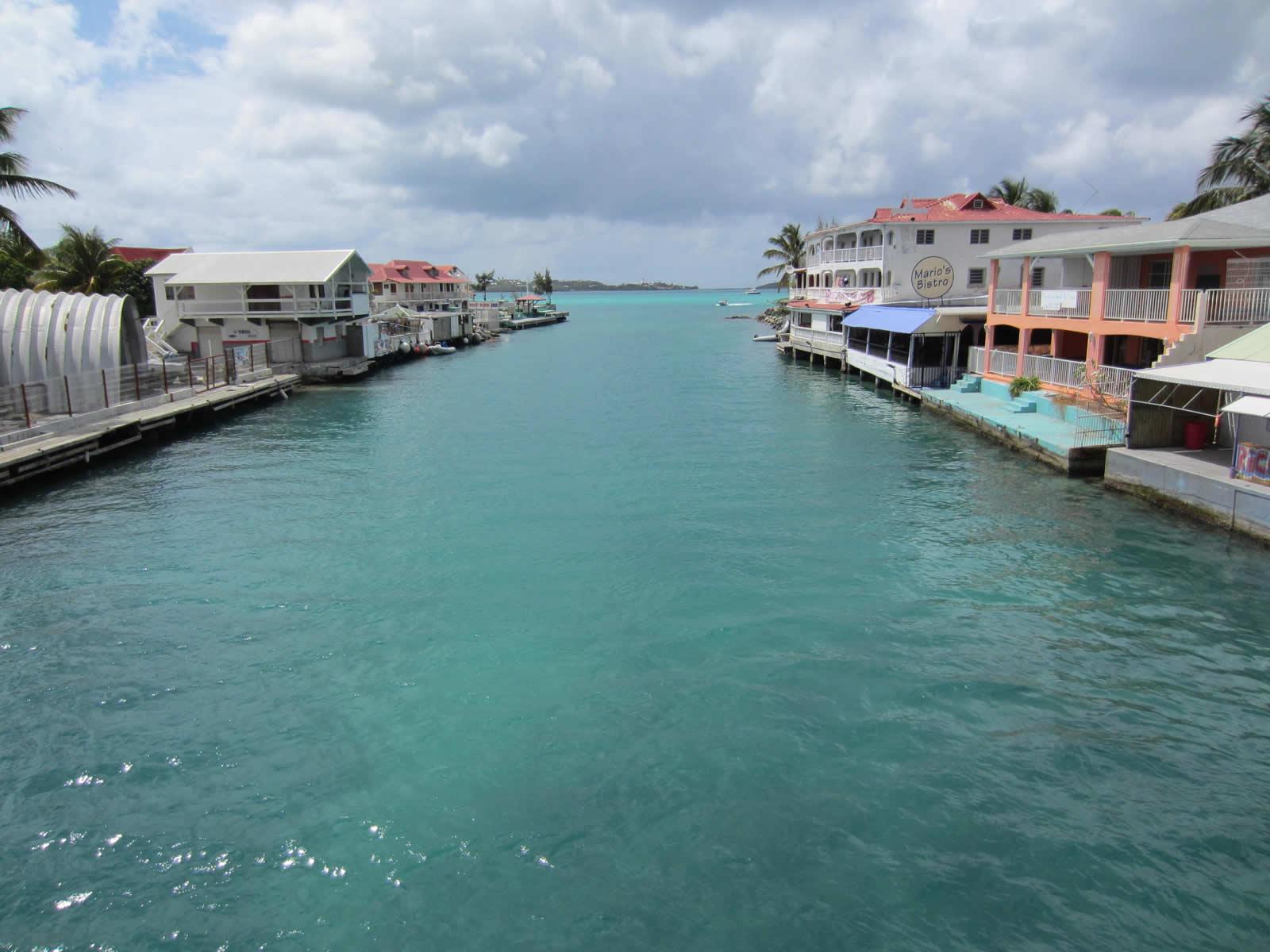 Noleggio Barche Sandy Ground – Isola di St. Martin - Navalia   Noleggia un Sogno