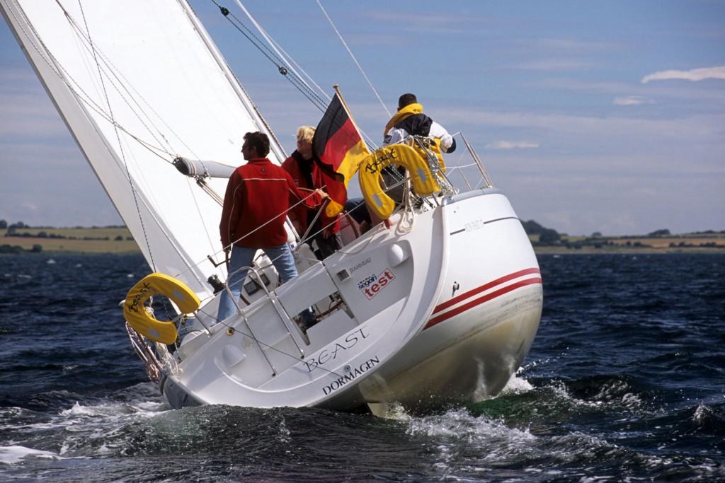 Navalia - Imbarcazione Sun Fast 37 2