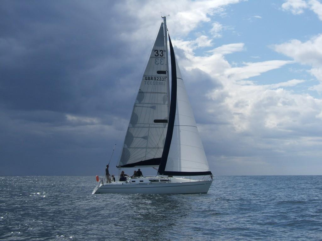 Navalia - Imbarcazione Sun Fast 37 4