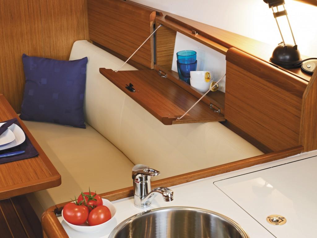 Navalia - Imbarcazione Sun Odyssey 30i 6