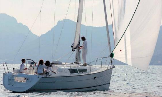 Navalia - Imbarcazione Sun Odyssey 32i 2