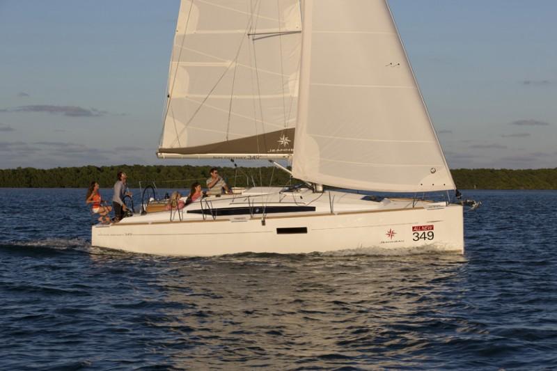 Navalia - Imbarcazione Sun Odyssey 349 2