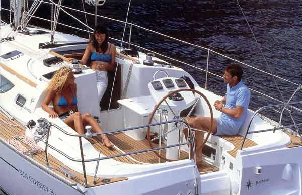 Navalia - Imbarcazione Sun Odyssey 35 3