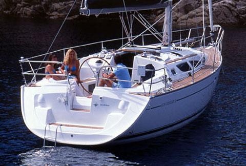 Navalia - Imbarcazione Sun Odyssey 35 4