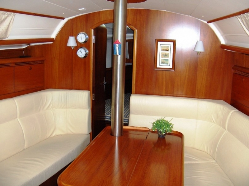 Navalia - Imbarcazione Sun Odyssey 35 7