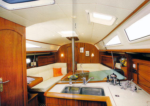 Navalia - Imbarcazione Sun Odyssey 35 5