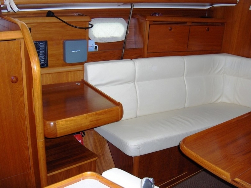 Navalia - Imbarcazione Sun Odyssey 35 6