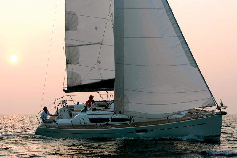 Navalia - Imbarcazione Sun Odyssey 36i 3