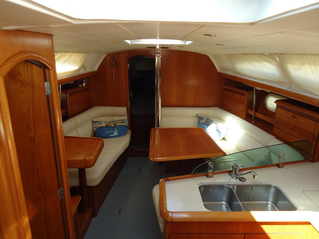 Navalia - Imbarcazione Sun Odyssey 37 5