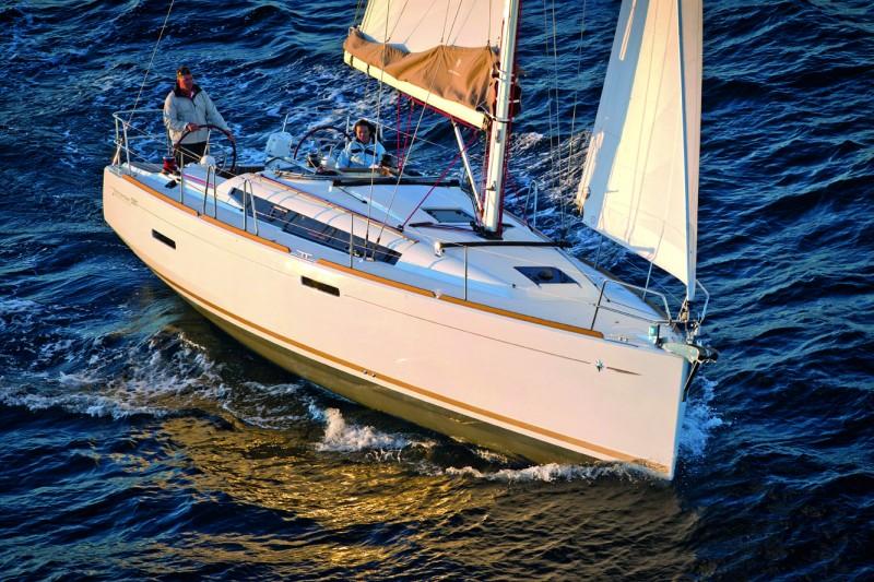 Navalia - Imbarcazione Sun Odyssey 389 1
