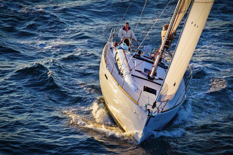 Navalia - Imbarcazione Sun Odyssey 389 2