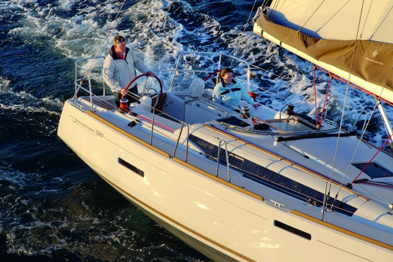 Navalia - Imbarcazione Sun Odyssey 389 3