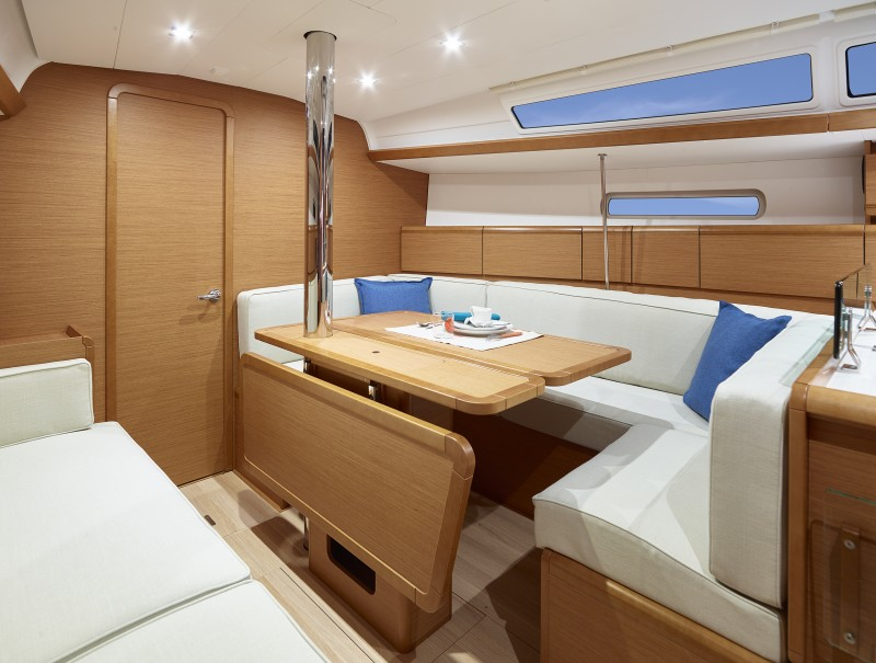 Navalia - Imbarcazione Sun Odyssey 389 9