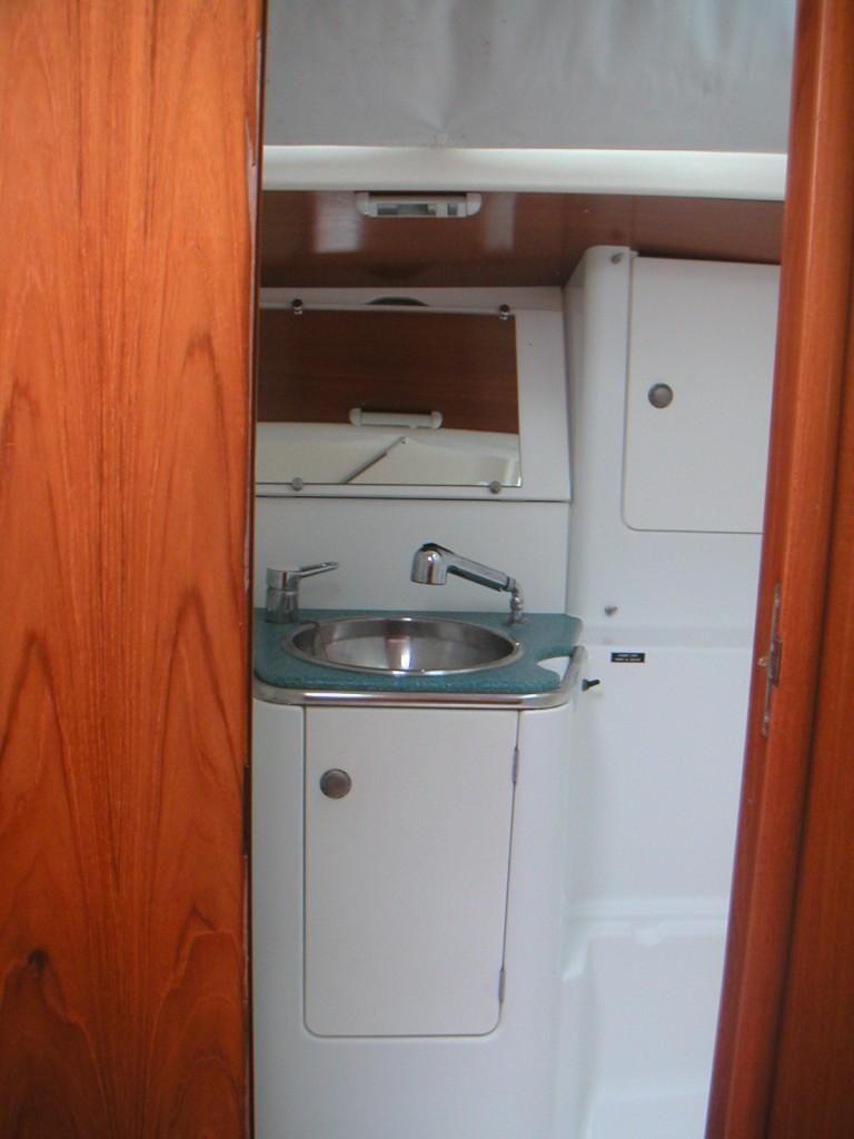 Navalia - Imbarcazione Sun Odyssey 40 9